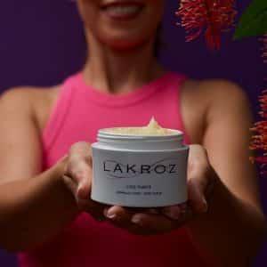 Comment exfolier sa peau gommage corps exfoliation naturelle sel gros grains produits cosmétiques naturels vegan